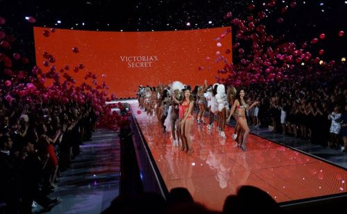 Annual Victoria's Secret fashion show cancelled