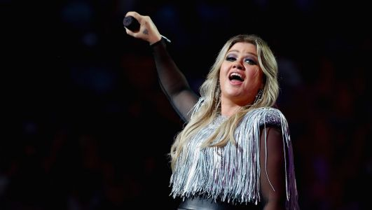 Kelly Clarkson Gets Real About Her Marriage: 'If I Told You Everything Was Perfect, That'd Be A Damn Lie'