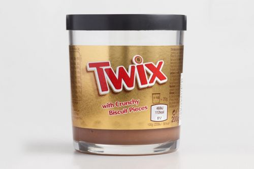 Twix Chocolate Now Comes in Decadent Spread Form