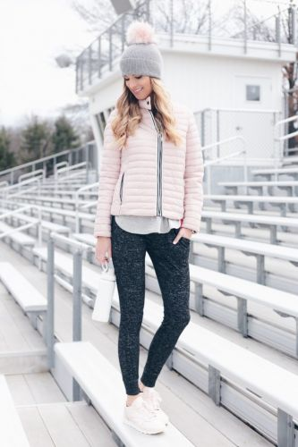 What to Wear With Joggers Women 2021