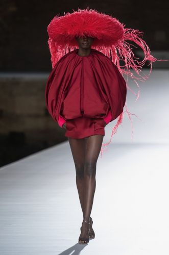Valentino A/W21 Haute Couture: A Stellar Show In Every Respect