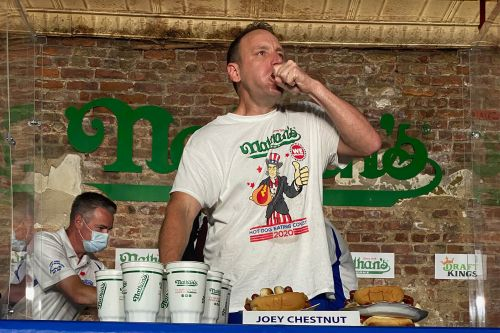 Joey Chestnut downs record 75 wieners in Nathan's hot dog eating victory