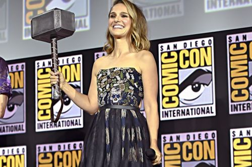 """Take a First Look at Natalie Portman's """"Female Thor"""" Costume for 'Thor: Love and Thunder'"""