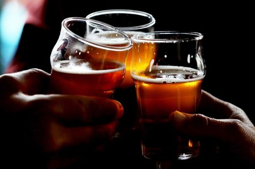 """Study Reveals There Is """"No Safe Dose"""" of Alcohol for Brain Health"""