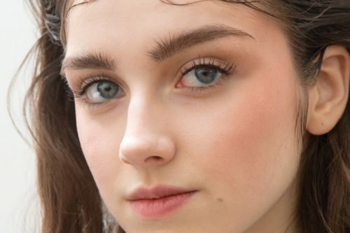 5 Tips for Achieving Healthy Beautiful Eyebrows