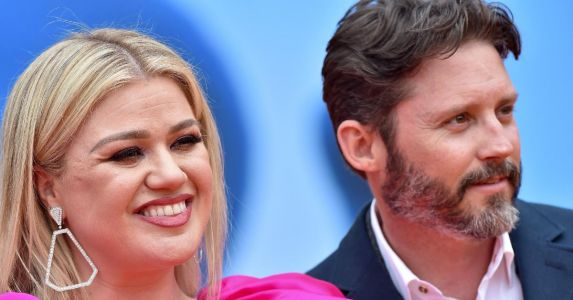 Judge Orders Kelly Clarkson To Pay Ex-Husband Brandon Blackstock $200,000 A Month In Child And Spousal Support