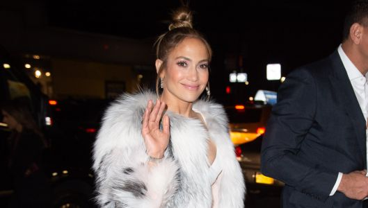 Jennifer Lopez Admits That She's Hooked Up With Someone In Her Trailer And We're Living For It