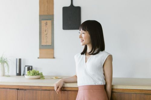 KonMari is seeking a Social Media Assistant in Los Angeles
