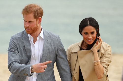 Explain Yourself, Prince Harry! People Are Wondering WTF Is Up With The Black Ring On His Right Hand