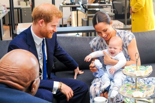 Duchess Meghan and Prince Harry Want to Spend Thanksgiving in the U.S. With Baby Archie