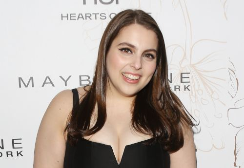 Beanie Feldstein Wore Her Prom Dress to the SAG Awards to Honor Her 'Lady Bird' Character